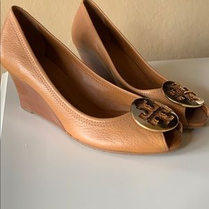 Tory Burch Wedges size 10